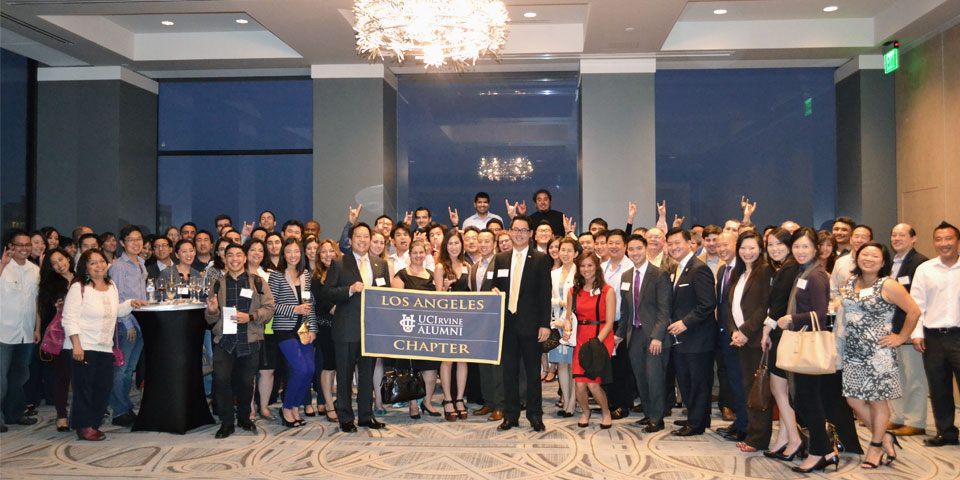 The Los Angeles Chapter shows their Anteater Pride at a monthly networking event.